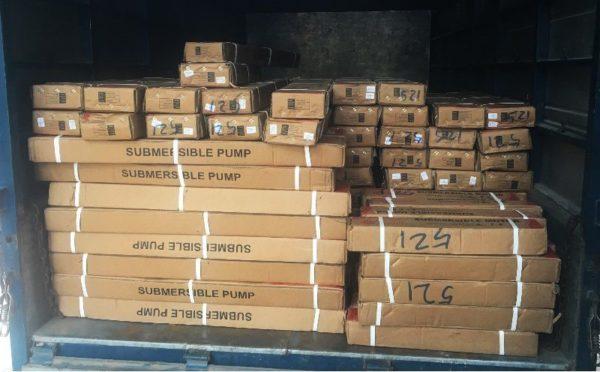 Lô hàng 500 bơm giếng khoan 2 inch mới được ĐL nhập khẩu về